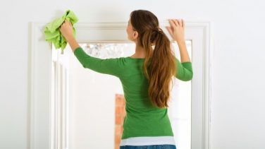 Ahşap Kapı Nasıl Temizlenir?