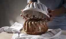 Kek Kalıptan Sıcakken mi Çıkarılır?