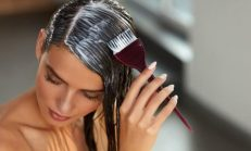 Saç Boyası Lekesi Kıyafetten Nasıl Çıkar?