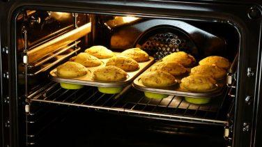 Kek Fırında Hangi Ayarda Pişer?