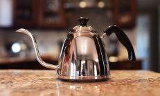 Yanmış Çaydanlık Nasıl Parlatılır?