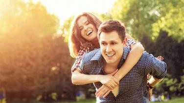Yılbaşında Sevgiliyle Ne Yapılır?